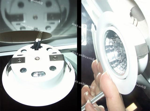Comment changer une ampoule halogène tube ?