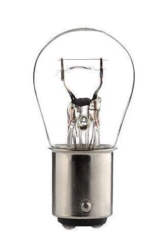 Pourquoi changer les ampoules par paire ?